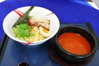 ニュー軽米カントリークラブ担担麺