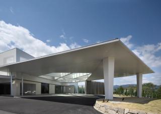 クラブハウスは洗練されたデザイン